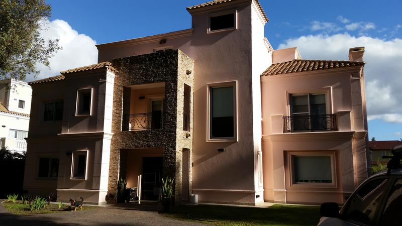 Foto Casa en Venta en  Campos De Alvarez,  Countries/B.Cerrado (Moreno)  Almafuerte  al 1400