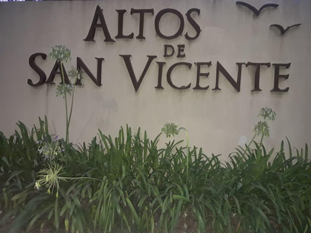 Foto Terreno en Venta en  Countries/B.Cerrado (San Vicente),  San Vicente  ALTOS DE SAN VICENTE,AVENIDA PRESIDENTE PERON 3382 SAN VICENTE