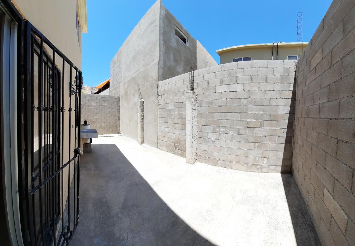 Foto Casa en Venta en  Urbi Alameda Los Encinos,  Hermosillo  Casa en Venta en Los Encinos Residencial al Sur de Hermosillo