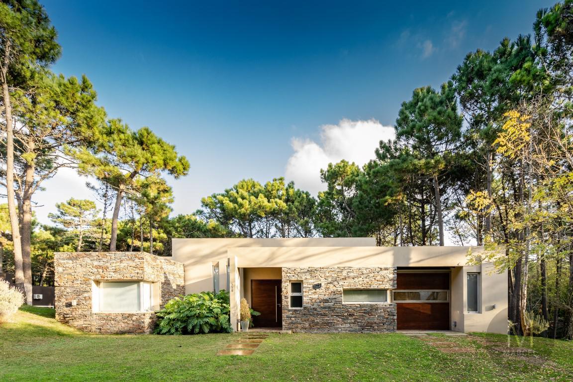 Foto Casa en Venta en  Norte Playa,  Pinamar  Itaca 558