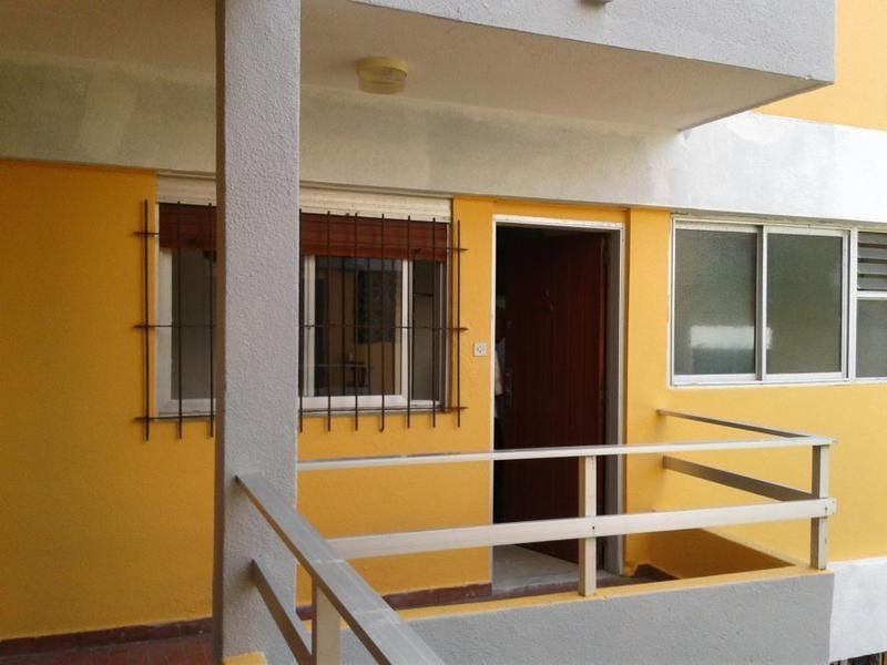 Foto Departamento en Venta en  San Bernardo Del Tuyu ,  Costa Atlantica  San Juan 1960 1er piso