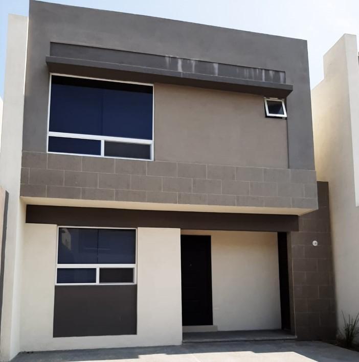 Foto Casa en Renta en  Santa Rosa,  Apodaca  Cerradas Magenta