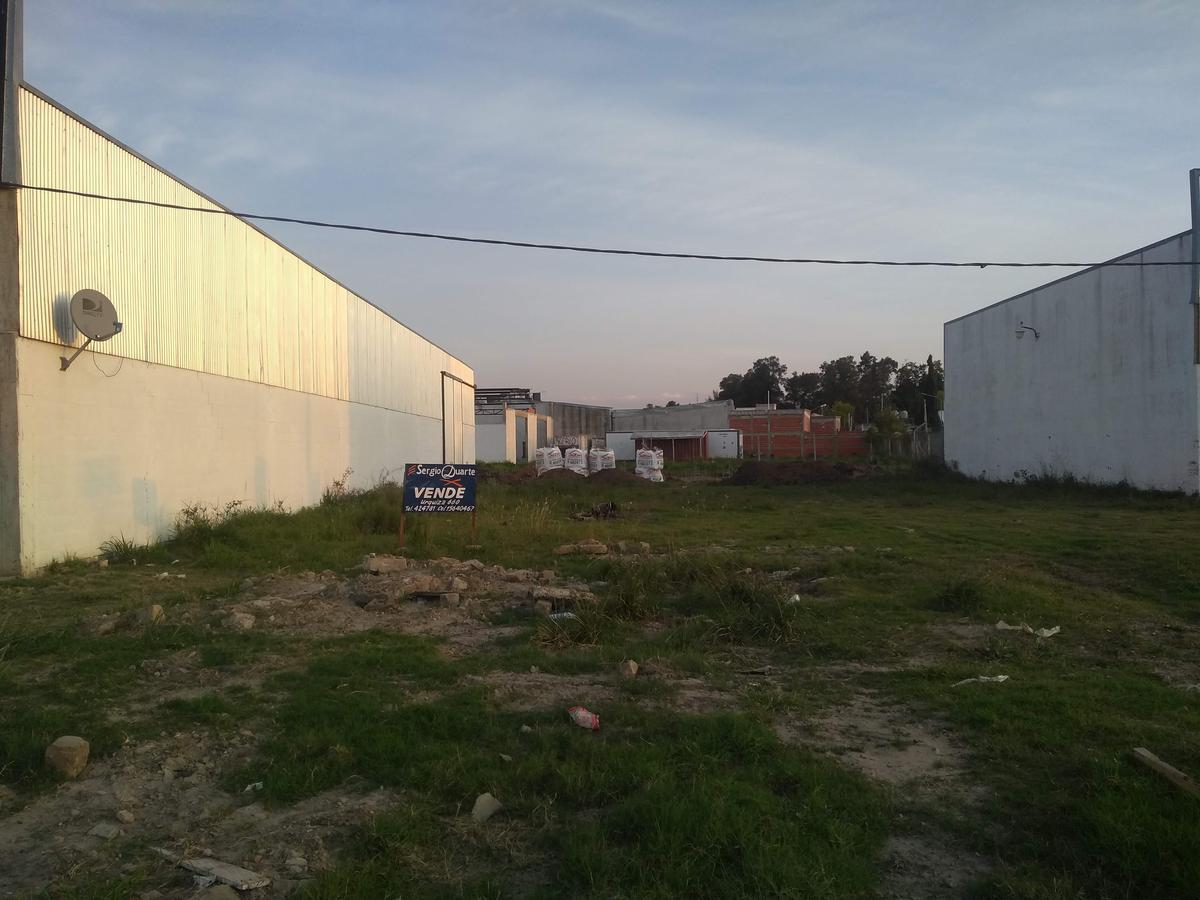 Foto Terreno en Venta en  Gualeguaychu,  Gualeguaychu  Puerto Argentino y Calle 136