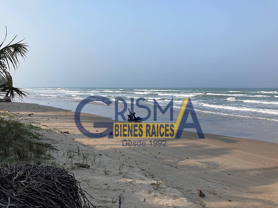 Foto Terreno en Venta en  Playa Norte,  Tuxpan  TERRENO EN LA PLAYA Y LAGUNA DE TUXPAN