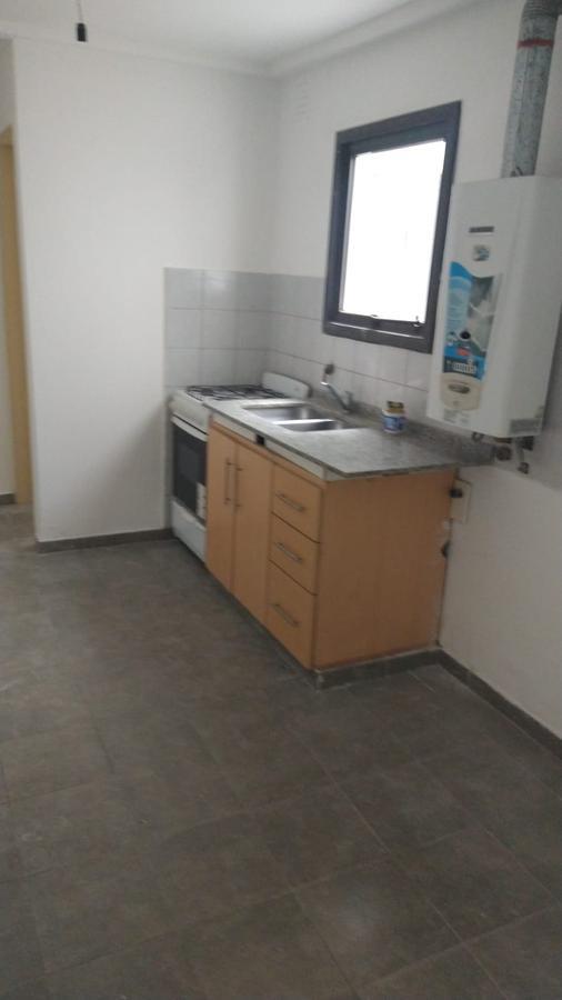Foto Departamento en Alquiler en  Alberdi,  Cordoba Capital  Alberdi - 9 de Julio al 2500