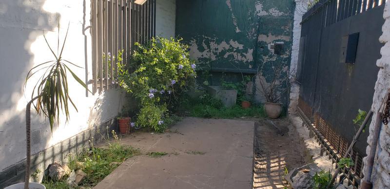 Foto Casa en Venta en  Mataderos ,  Capital Federal  Justo Suárez al 7300 Casa 3 ambientes en mataderos, con 23 metros de fondo libre con piscina y garage