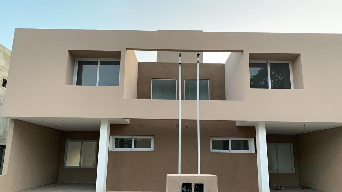 Foto Casa en Venta en  Miradores de Manantiales,  Cordoba Capital  Oportunidad - Manantiales de Manantiales - Duplex dos dormitorios
