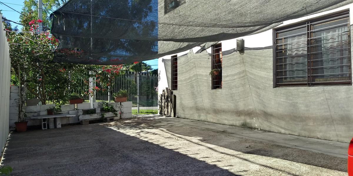 Foto Casa en Venta en  Malvín ,  Montevideo  Zaragoza al 1800