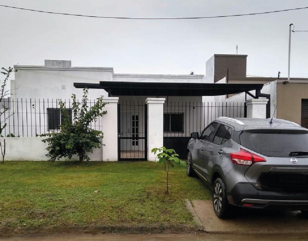 Foto Casa en Venta en  Yerba Buena ,  Tucumán  barrio bernel