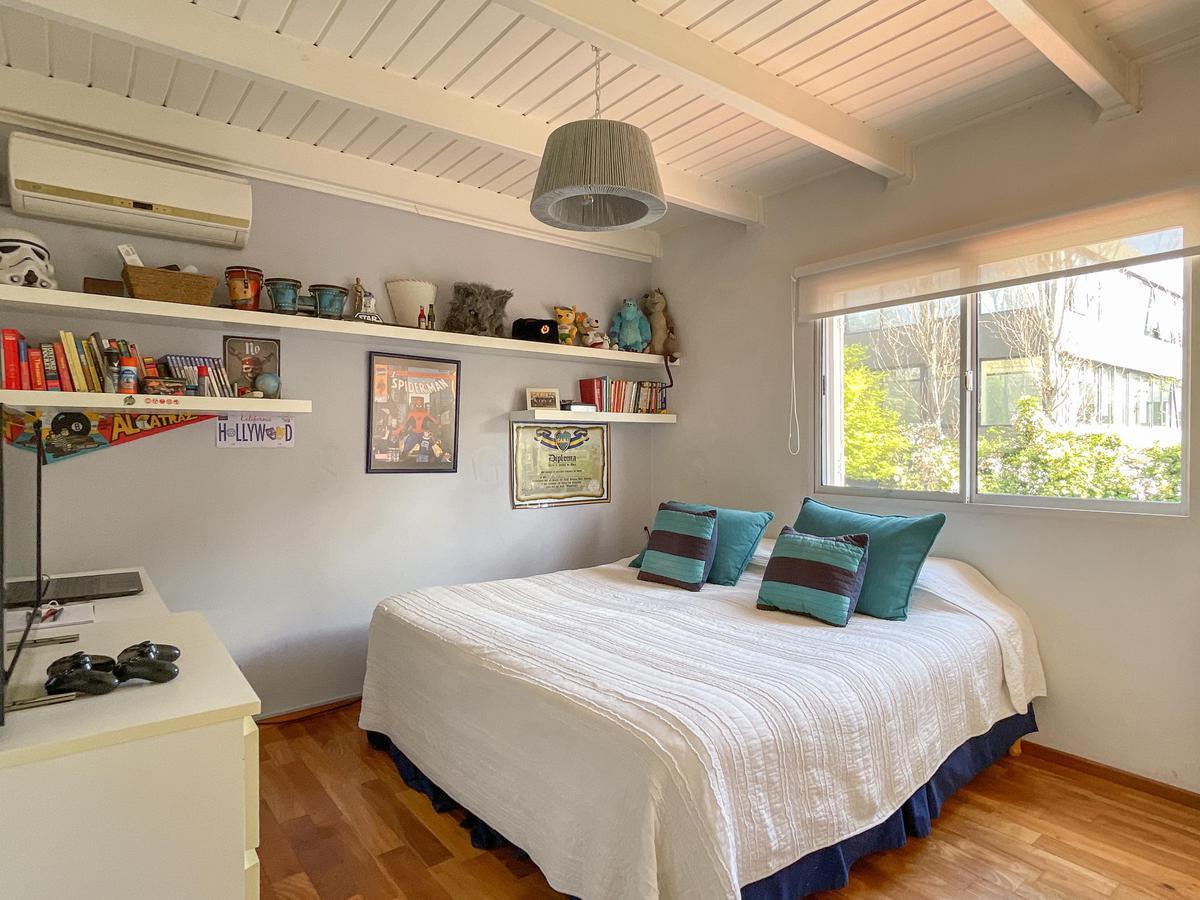 Foto Casa en Venta en  Los Aromos,  Countries/B.Cerrado (San Isidro)  Barrio Los Aromos, San Isidro
