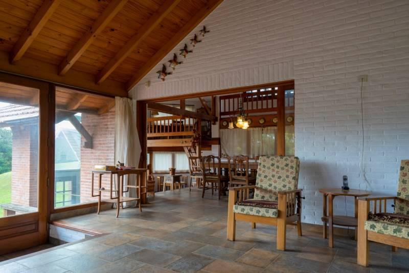Foto Casa en Venta en  Centro,  Pinamar  Avenida Libertador 557