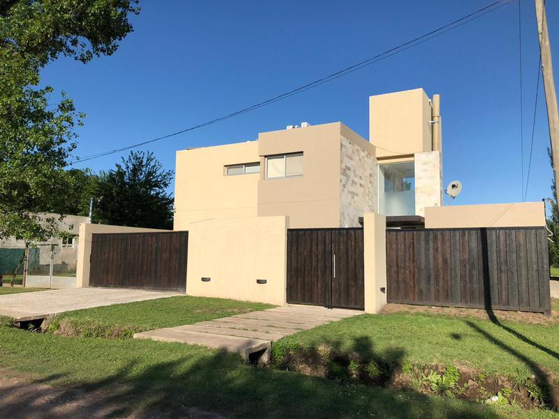 Foto Casa en Alquiler en  roldan,  Rosario  Calchaquies al al 1000