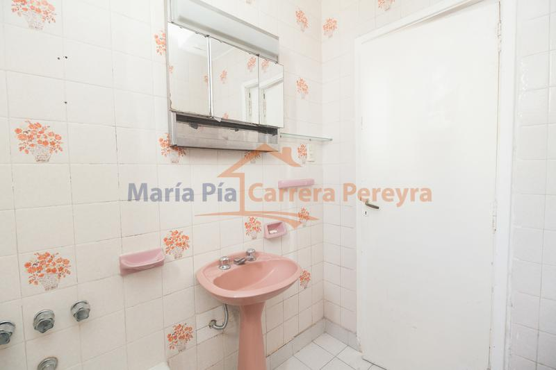 Foto Departamento en Venta en  Once ,  Capital Federal  JUNIN al 500
