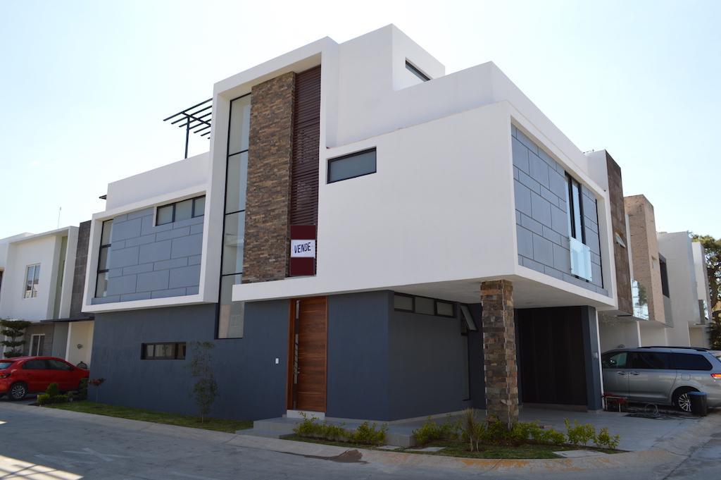 Foto Casa en Venta en  Altavista Residencial,  Zapopan  Altavista Poniente 450 67
