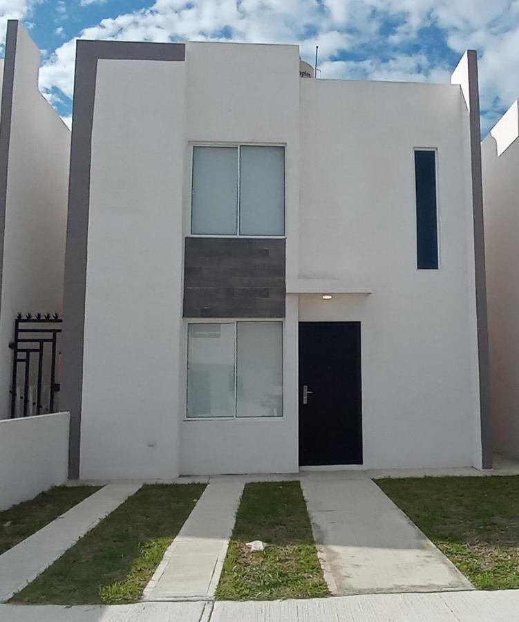 Foto Casa en Venta en  Miramapolis,  Ciudad Madero  Casa en venta en Fraccionamiento Oasis, Ciudad Madero.