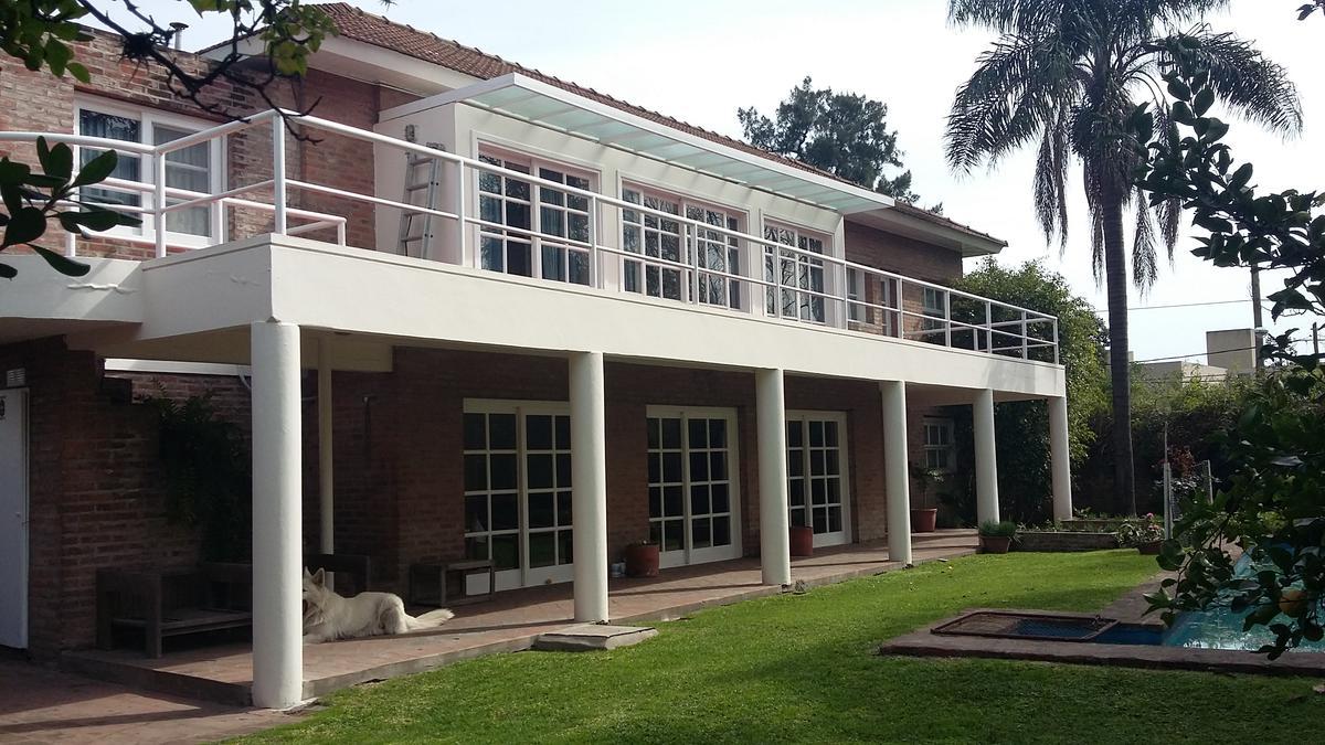 Foto Casa en Venta en  Las Lomas-Santa Rita,  Las Lomas de San Isidro  Aguado al 1200