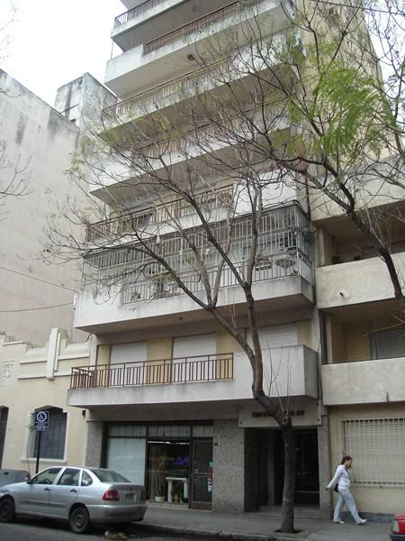 Foto Departamento en Alquiler en  Centro,  Rosario  Montevideo al 500