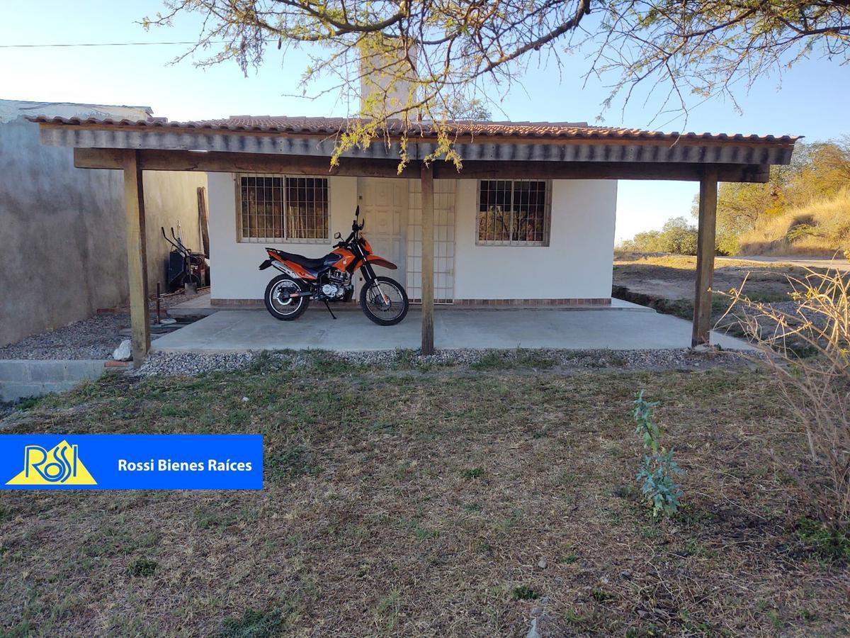 Foto Casa en Venta en  Unquillo,  Colon  Fragata Sarmiento y Corbeta República