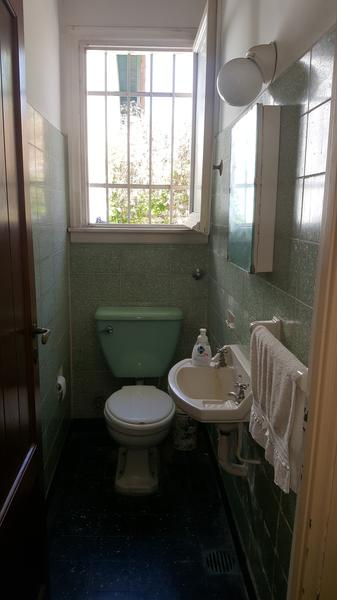 Foto Casa en Venta en  Adrogue,  Almirante Brown  MITRE 1331, Entre De Maria y Ferrari