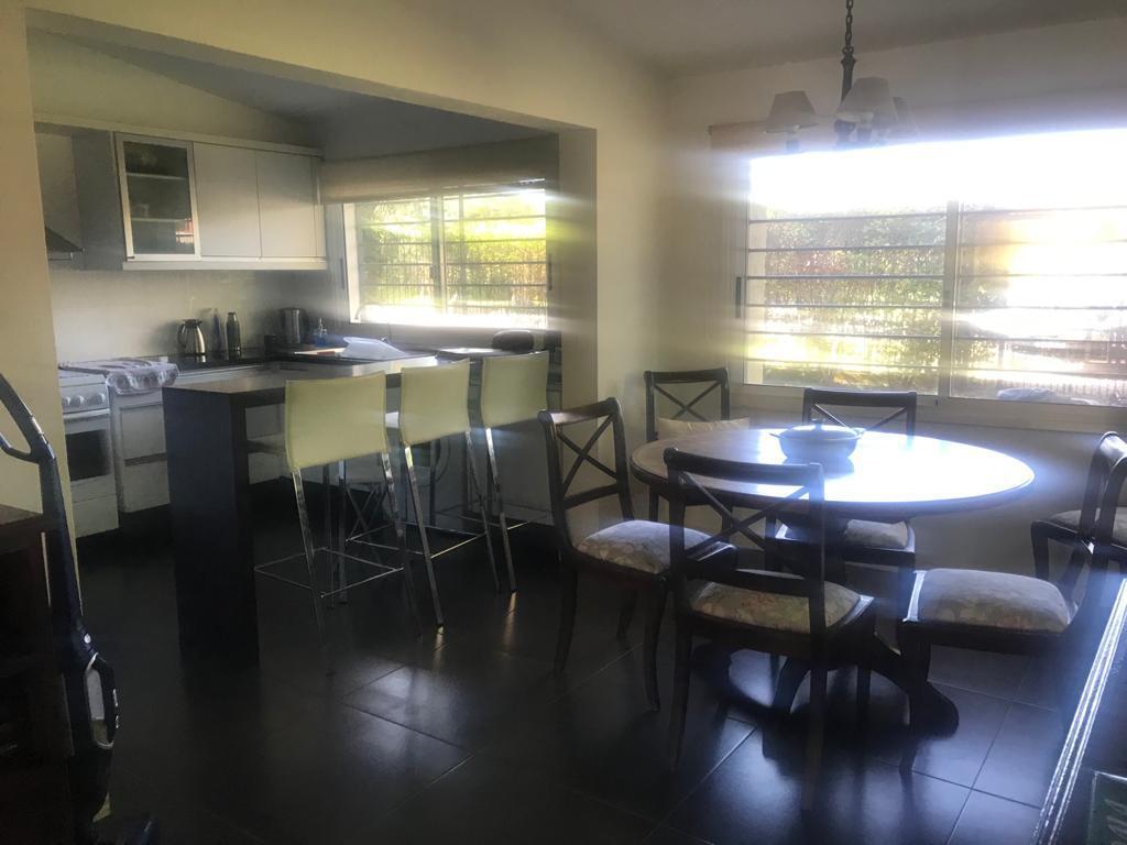 Foto Casa en Alquiler   Venta en  Parque Miramar,  Montevideo  Parque Miramar - Barrio Jardín - casi 1000m2