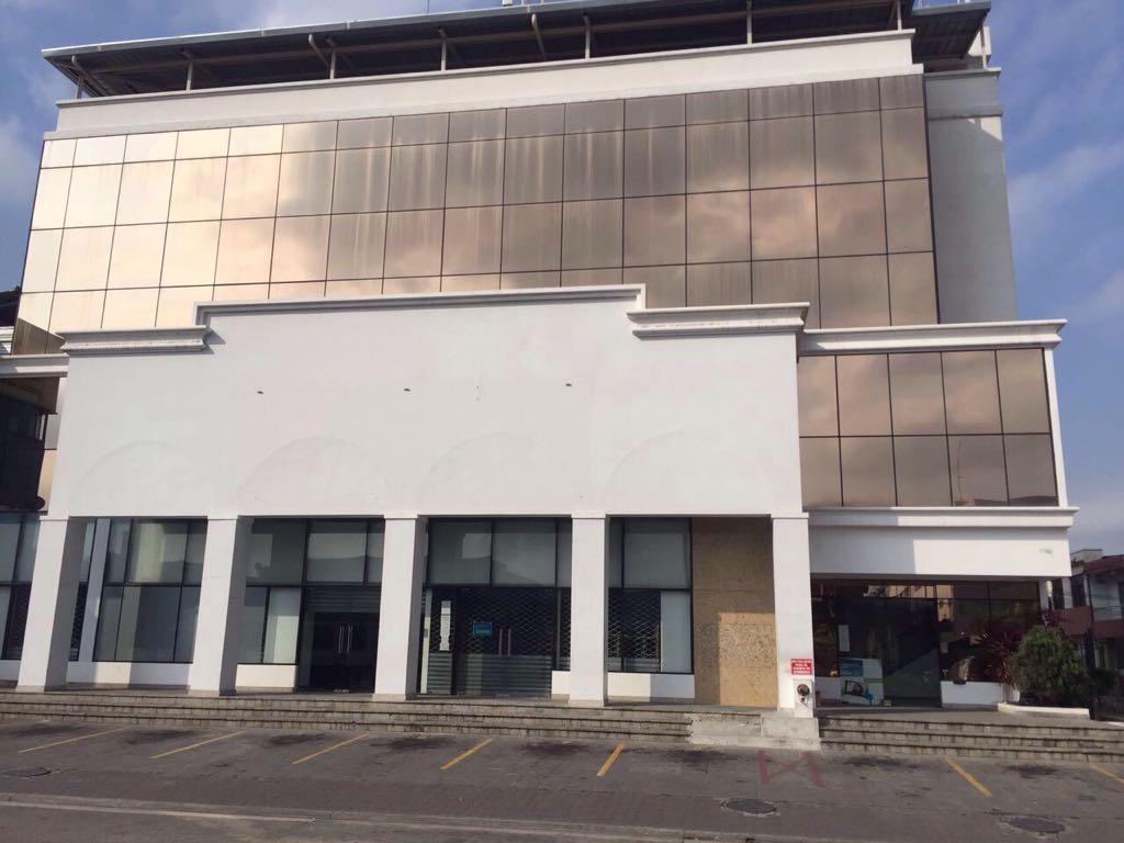 Foto Edificio Comercial en Venta | Alquiler en  Norte de Guayaquil,  Guayaquil  Alborada