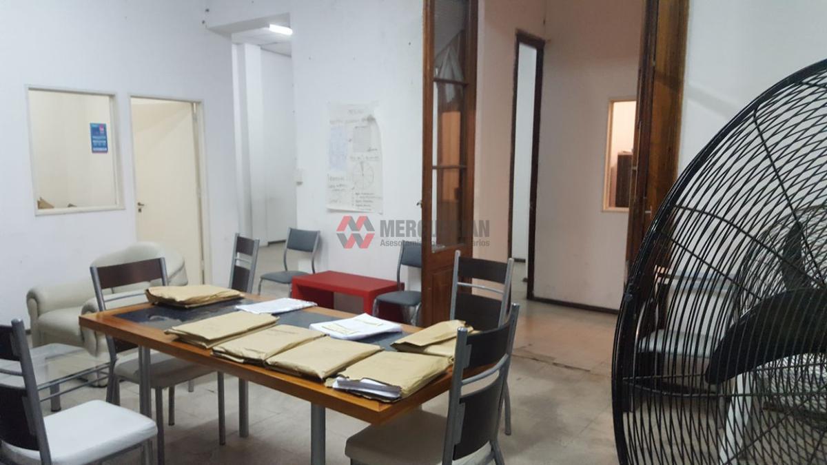 Foto Local en Venta en  Centro,  Cordoba  RIVADAVIA 300