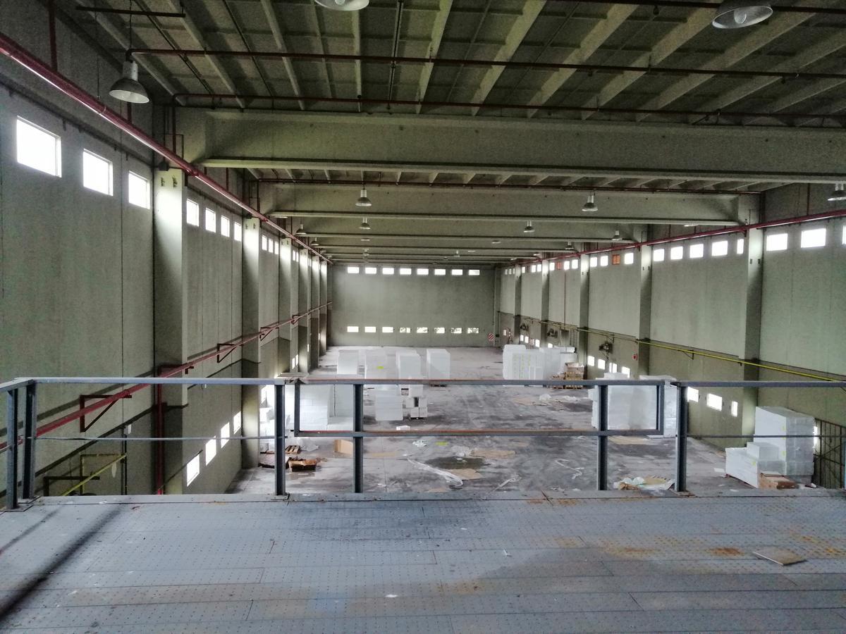 Foto Depósito en Alquiler en  Ingeniero Allan,  Florencio Varela  Colectora Autovia 2 km. 35