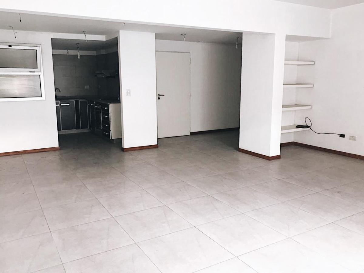 Foto Departamento en Venta en  Caballito ,  Capital Federal  Paysandu 1054