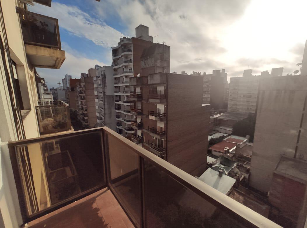 Foto Departamento en Alquiler en  Martin,  Rosario  Primero de Mayo al 1300