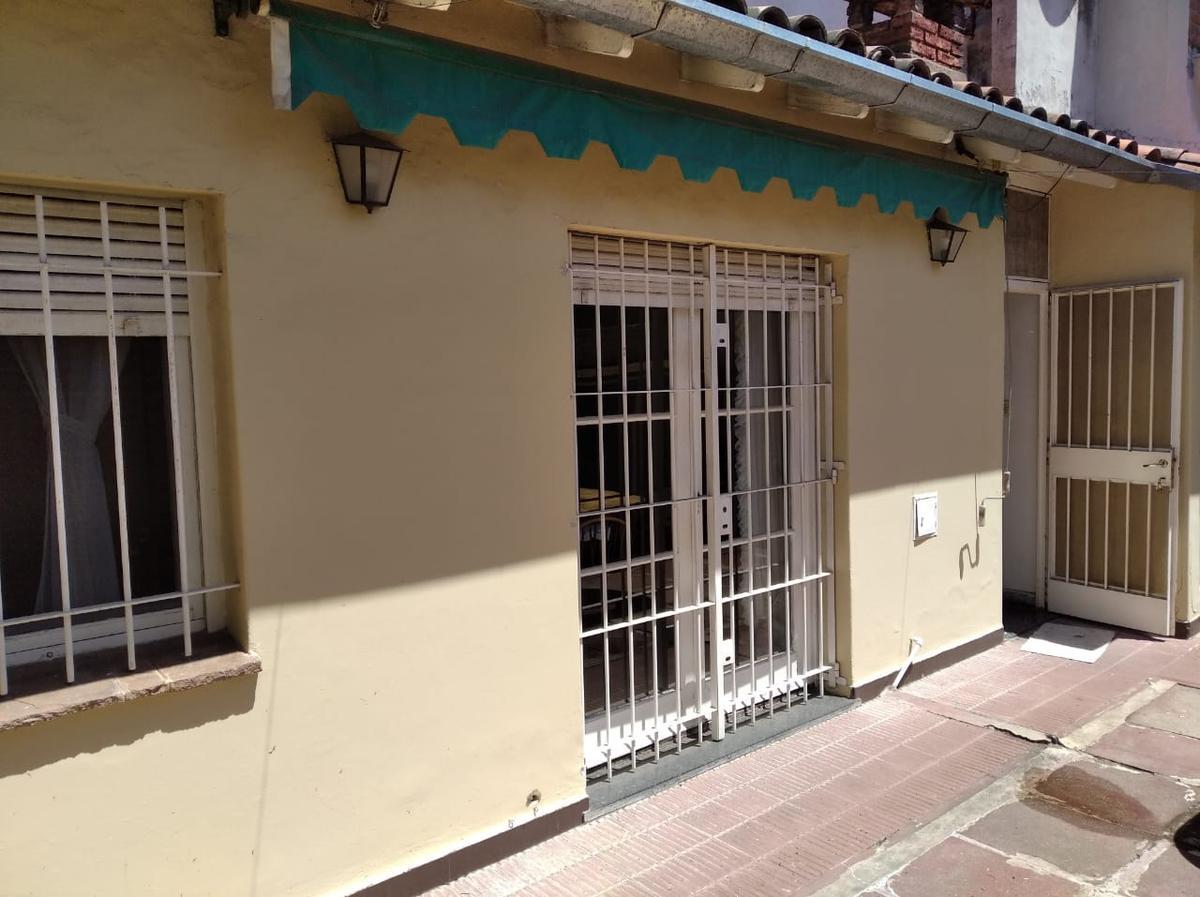 Foto Casa en Venta en  Mart.-Santa Fe/Fleming,  Martinez  CARLOS PELLEGRINI al 2000