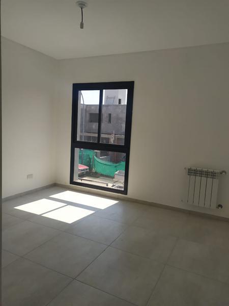 Foto Casa en Venta en  Miradores de Manantiales,  Cordoba Capital  Dúplex en venta en Miradores de Manantiales. 3 dormitorios.