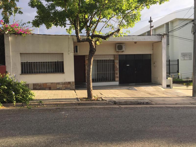 Foto Casa en Venta en  Colonia del Sacramento ,  Colonia  RIO NEGRO esq JOSE P VARELA