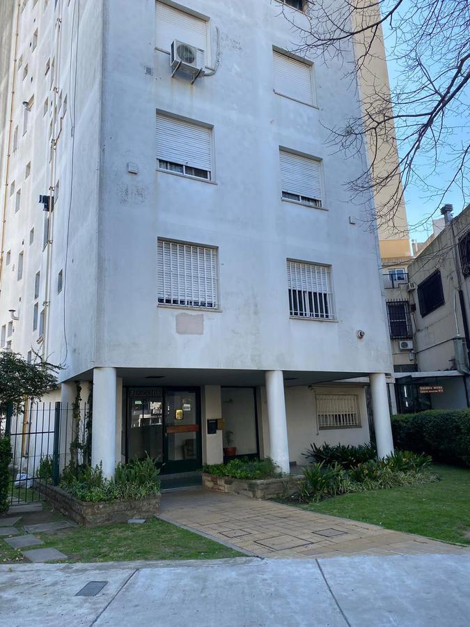 Foto Departamento en Venta en  Adrogue,  Almirante Brown  Ejercito Argentino al 967 piso 5° Dto 9