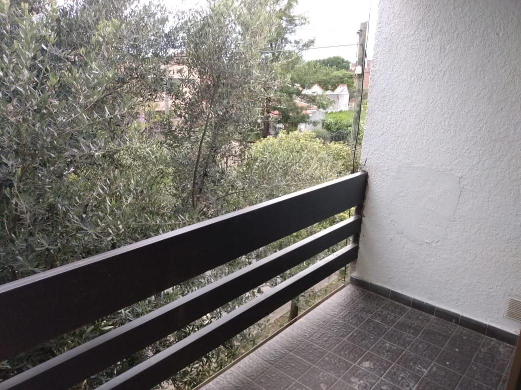 Foto Departamento en Venta en  Villa Alberdi,  Cordoba  OPORTUNIDAD c/renta - 2 Dorm- Balcon - Cochera - Terrazas del Cerro