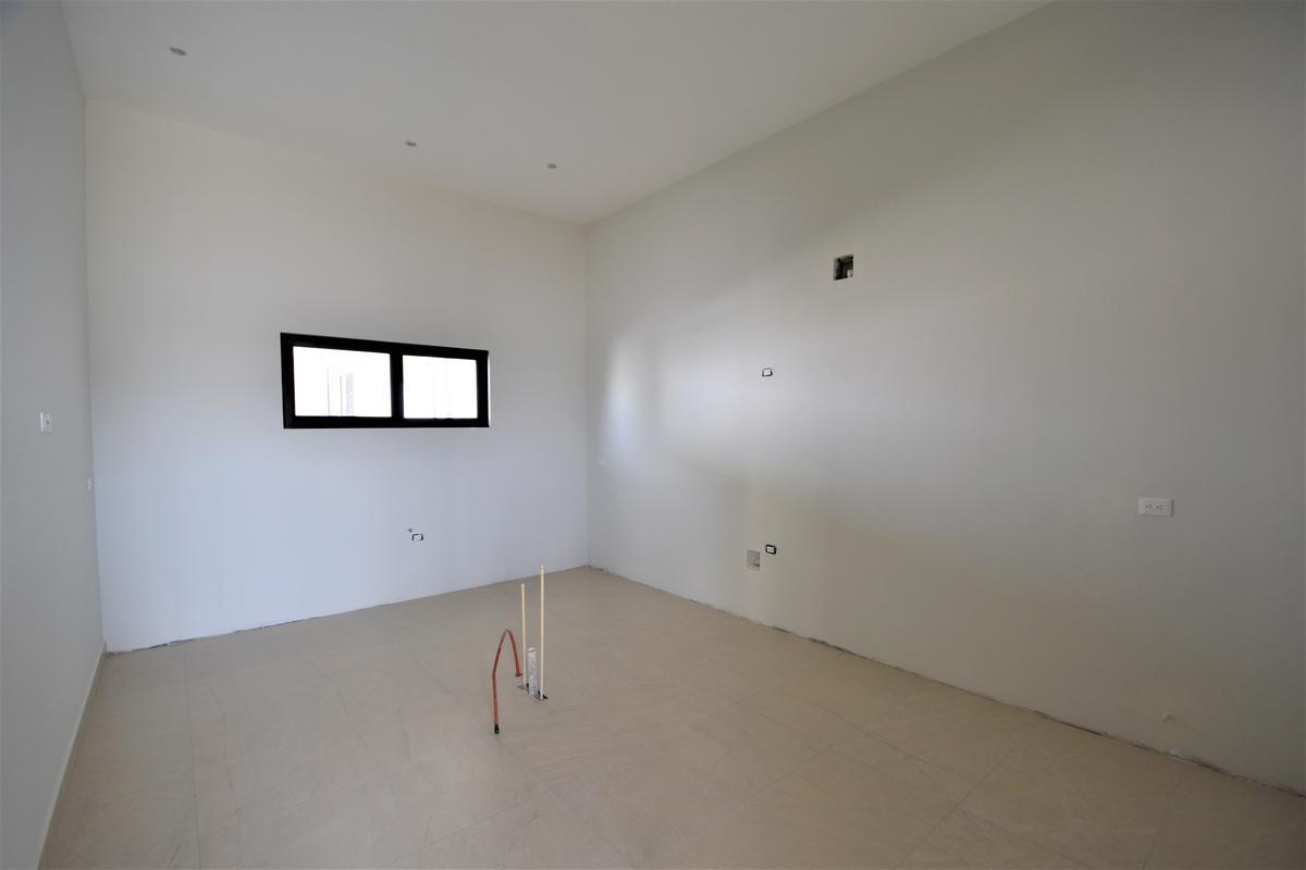 Foto Casa en Venta en  Monterrey ,  Nuevo León  Aires del Vergel, Carretera Nacional
