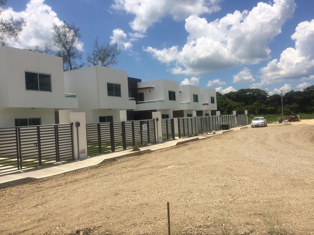 Foto Casa en Venta | Renta en  Jardines de Tuxpan,  Tuxpan  CASAS  EN VENTA ZONA RESIDENCIAL
