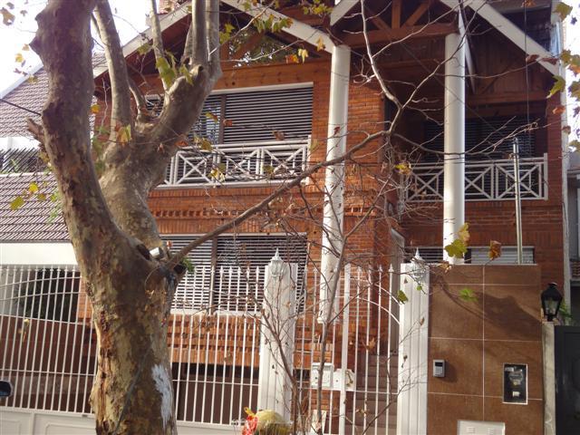Foto Casa en Alquiler en  Martinez,  San Isidro  Paunero 1500