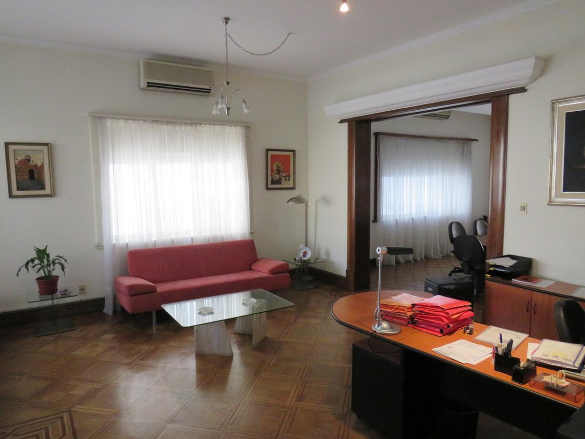Foto Casa en Venta en  Pocitos ,  Montevideo  Bvrd España al 2500
