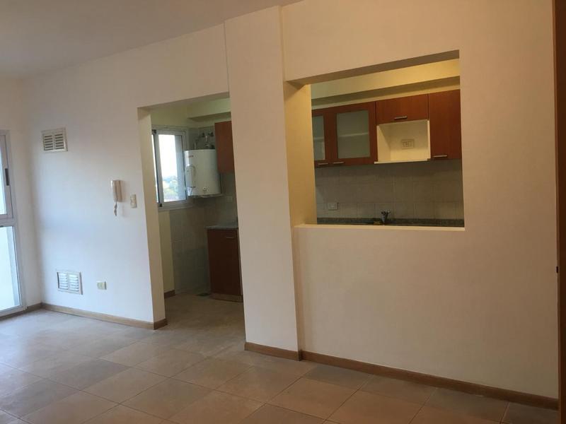 Foto Departamento en Venta en  San Miguel ,  G.B.A. Zona Norte  Sarmiento