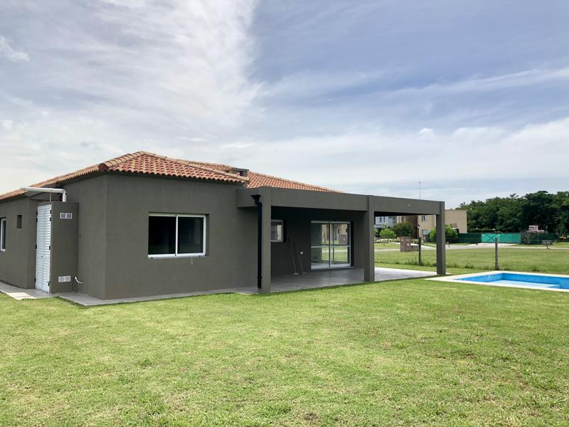 Foto Casa en Venta en  Canning,  Esteban Echeverria  Santa Juana
