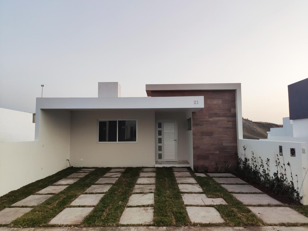 Foto Casa en Venta en  Alvarado ,  Veracruz  Lomas de La Rioja