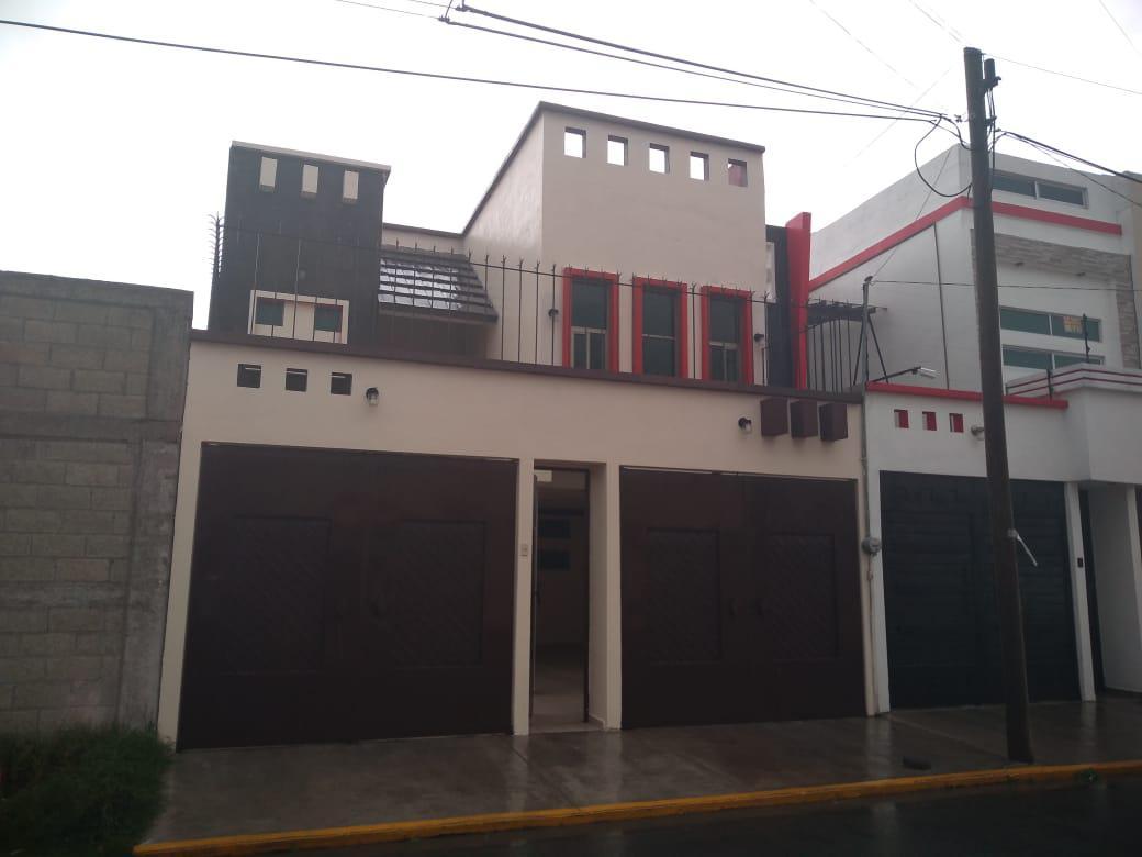 Foto Casa en Renta en  Zinacantepec ,  Edo. de México  Calle de béisbol s/n col. Deportiva
