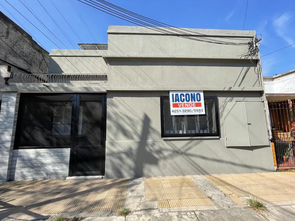 Foto PH en Venta en  Bernal Oeste,  Quilmes  Pampa 956 entre Av. los Quilmes y Av. Dardo Rocha