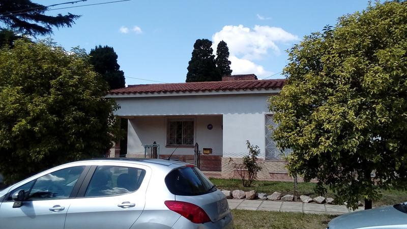 Foto Casa en Venta en  Jardín Espinosa,  Cordoba Capital  CALMAYO esq. IÑIGO DE LA PASCUA