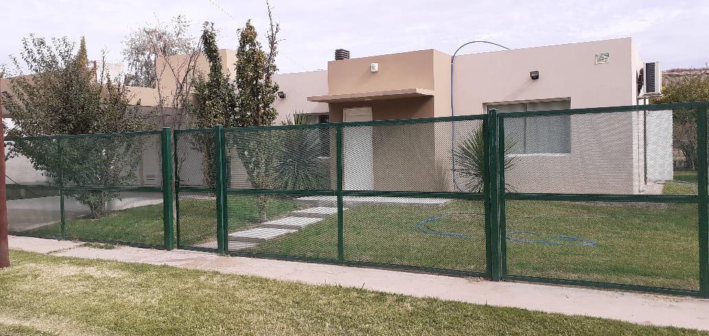 Foto Casa en Alquiler temporario en  Vista Alegre Norte,  Confluencia  Ruta 7 KM 25 - Vista Alegre - Neuquen