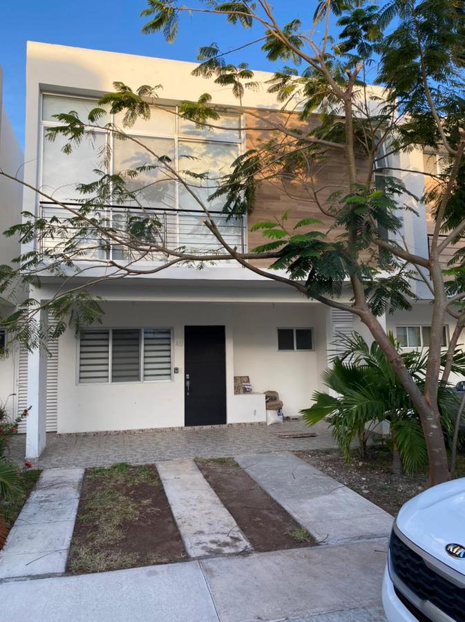 Foto Casa en Renta en  Supermanzana 525,  Cancún  altus 1