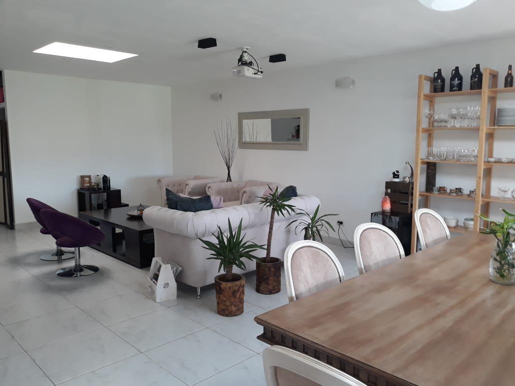 Foto Casa en Venta en  Santa Teresa,  Villanueva          Casa en Barrio Santa Teresa. Sobre lote de 1000 mts. 5 ambientes. Escriturable