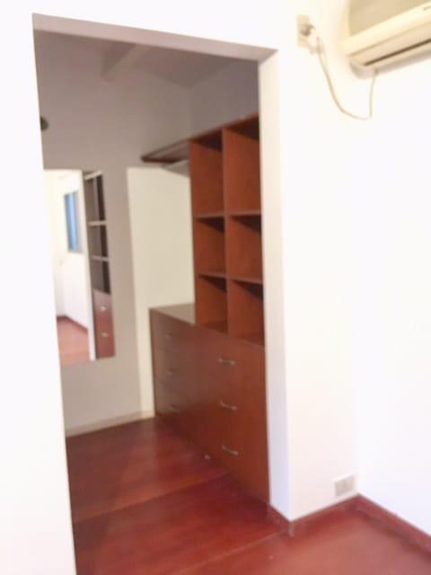Foto Departamento en Venta en  S.Isi.-Vias/Rolon,  San Isidro  Don Bosco al 200