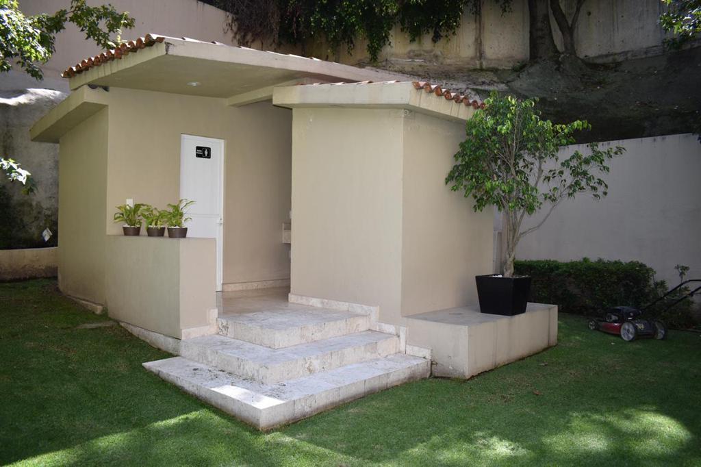 Foto Departamento en Renta   Venta en  Hacienda de las Palmas,  Huixquilucan  Departamento en venta o renta  en Hacienda la Antigua