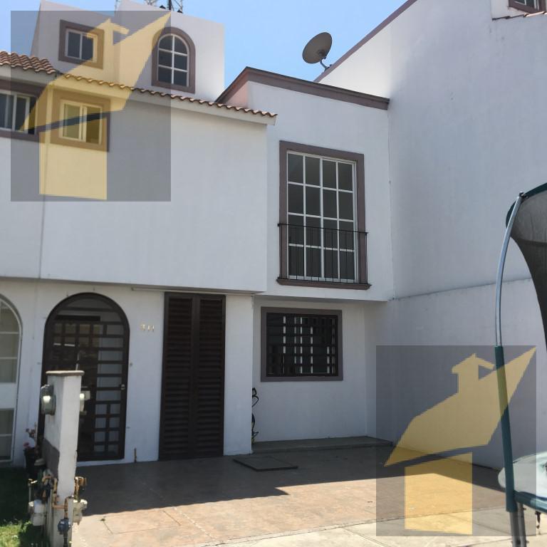 Foto Casa en Venta en  Lerma ,  Edo. de México  CASA EN LA ESTACION